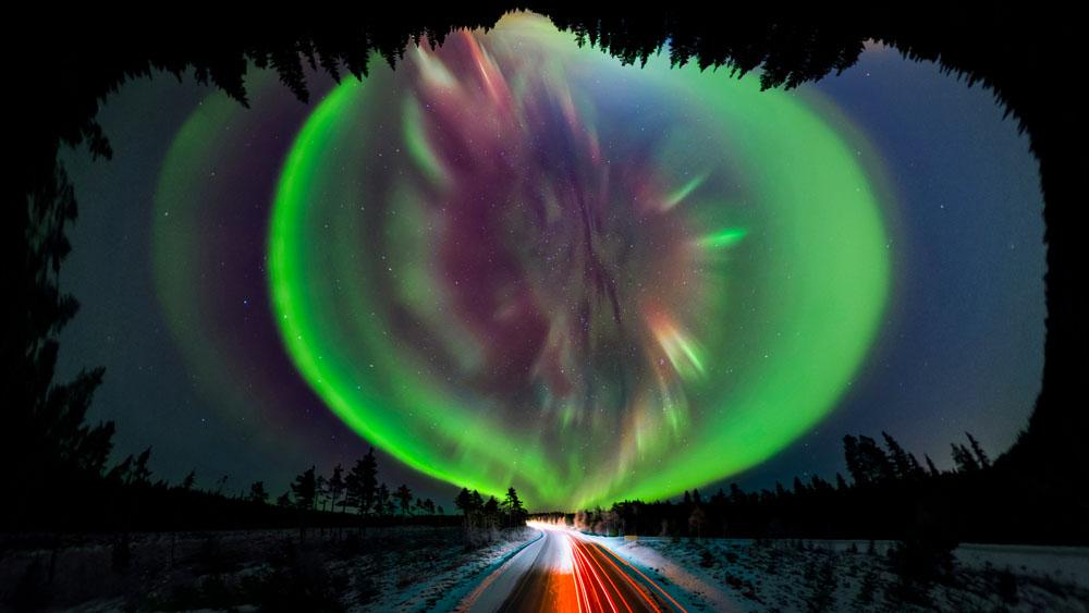 Aurora nordlys corona panorama